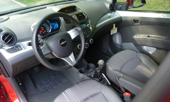 Spark Reviews: Chevrolet Spark interior