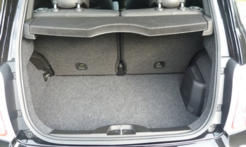 500 Reviews: FIAT 500 Abarth cargo area