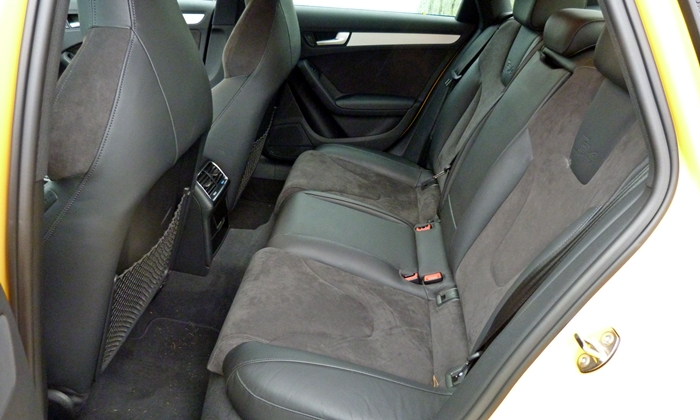 Audi allroad Photos: 2011 Audi S4 rear seat