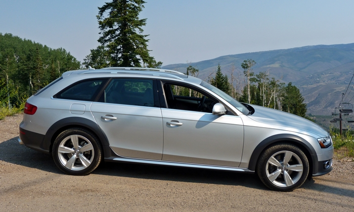Audi allroad Photos: 2013 Audi allroad side view
