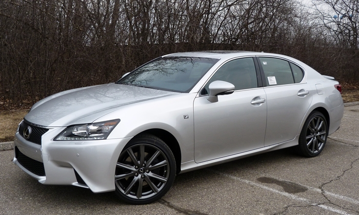 GS Reviews: Lexus GS 350 F Sport front quarter view