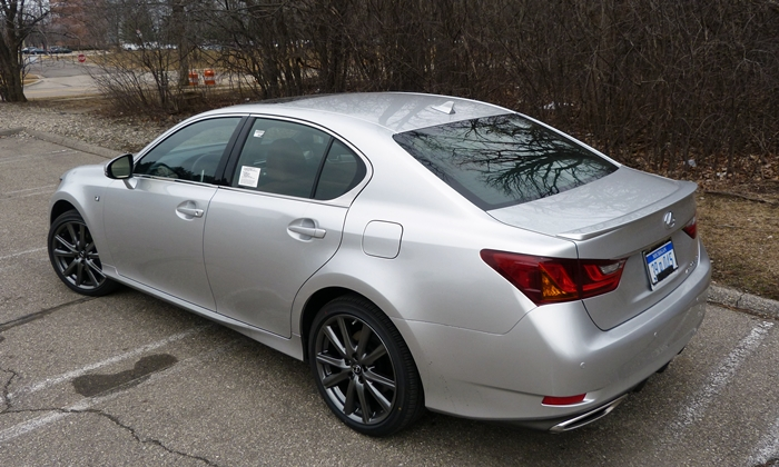 GS Reviews: Lexus GS 350 F Sport rear quarter view