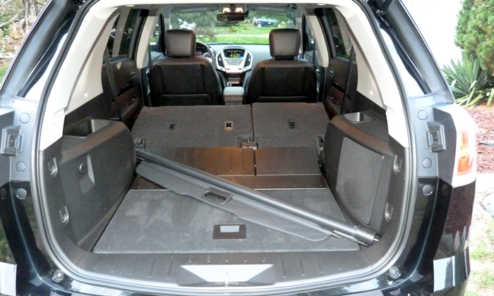 GMC Terrain Photos: GMC Terrain Denali cargo area