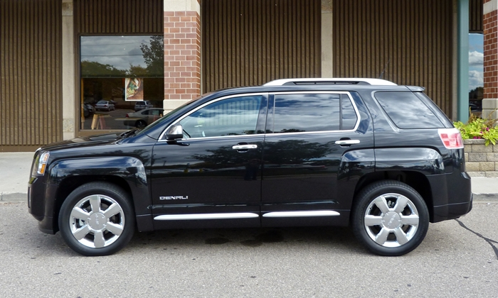 GMC Terrain Photos: GMC Terrain Denali side view