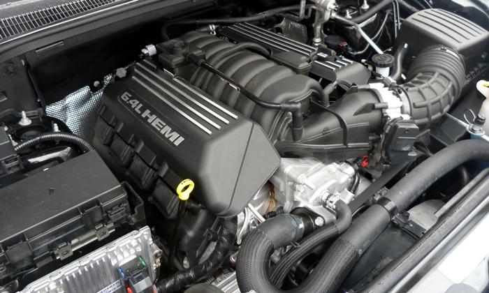 Grand Cherokee Reviews: 2013 Jeep Grand Cherokee SRT8 V8 engine