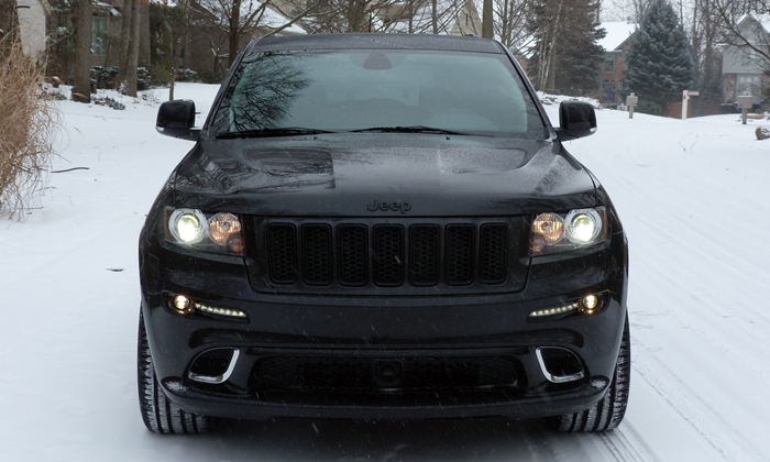 Grand Cherokee Reviews: 2013 Jeep Grand Cherokee SRT8 front view