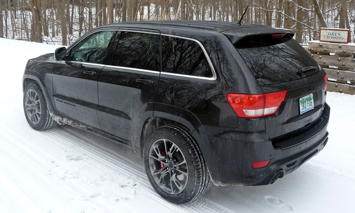 Jeep Grand Cherokee Photos: 2013 Jeep Grand Cherokee SRT8 rear quarter view
