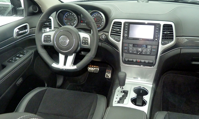 Grand Cherokee Reviews: 2013 Jeep Grand Cherokee SRT8 instrument panel
