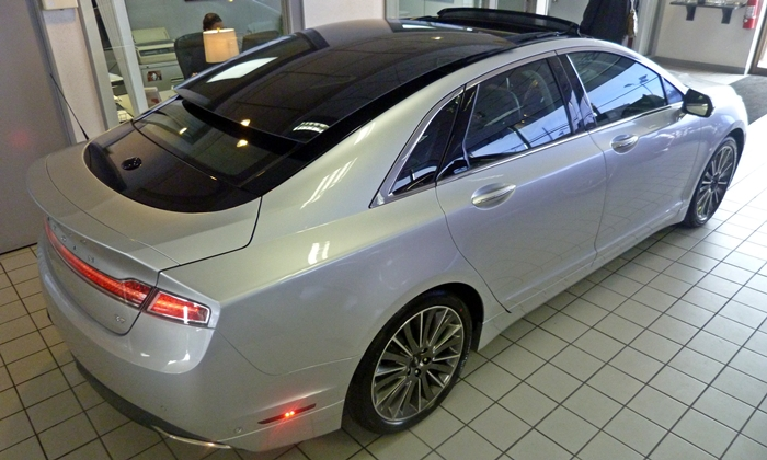 Lincoln Mkz Photos 2013 Lincoln Mkz Big Sunroof Rear View
