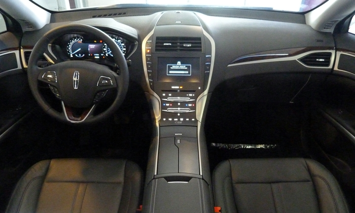 MKZ Reviews: 2013 Lincoln MKZ instrument panel