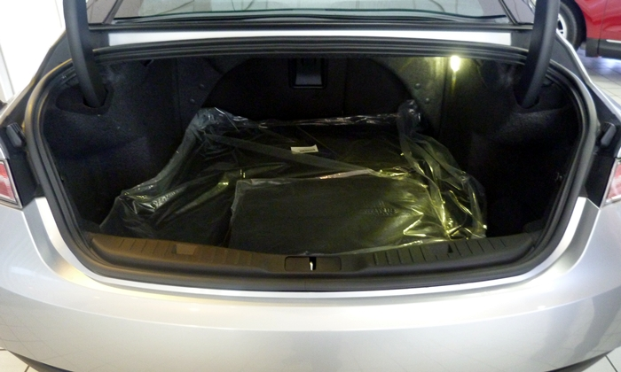 MKZ Reviews: 2013 Lincoln MKZ trunk