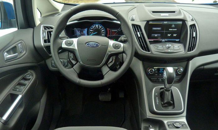 C-MAX Reviews: Ford C-MAX instrument panel