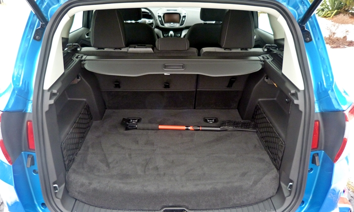 Ford C-MAX Photos: Ford C-MAX Hybrid cargo area