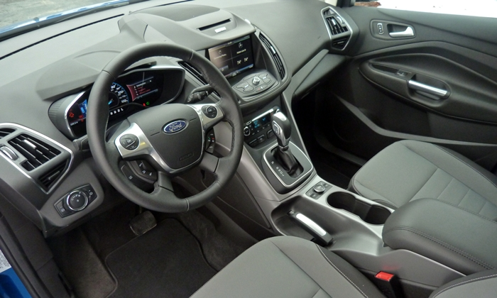 C-MAX Reviews: Ford C-MAX Hybrid SE interior