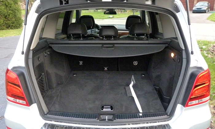 Mercedes-Benz GLK Photos: 2013 Mercedes-Benz GLK350 cargo area