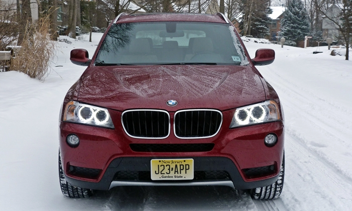 BMW X3 Photos: 2013 BMW X3 front
