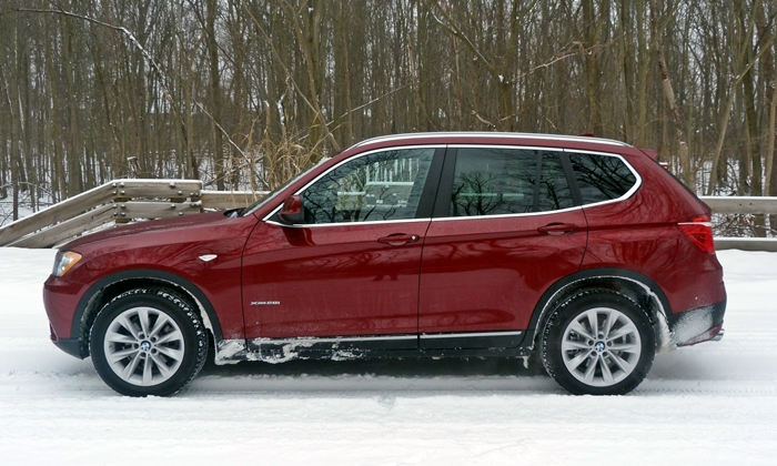 BMW X3 Photos: 2013 BMW X3 xDrive28i side
