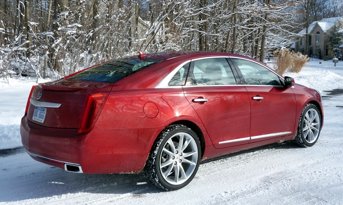 XTS Reviews: 2013 Cadillac XTS rear quarter view