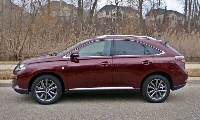 Lexus RX Photos: 2013 Lexus RX 350 F Sport side view
