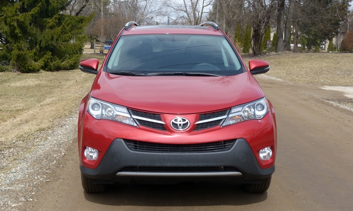 RAV4 Reviews: 2013 Toyota RAV4 XLE front view