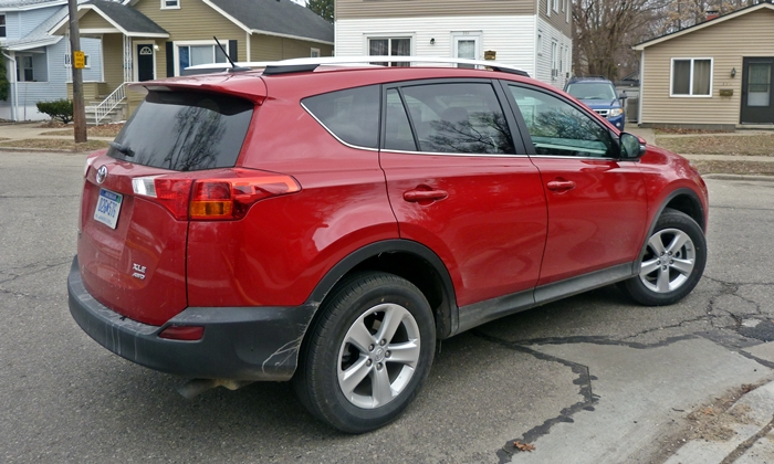 RAV4 Reviews: 2013 Toyota RAV4 XLE rear quarter view