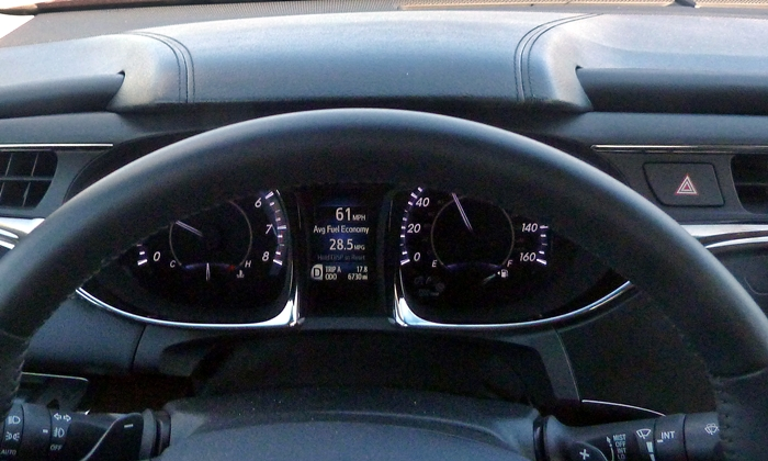 Toyota Avalon Photos: 2013 Toyota Avalon instrument cluster hood