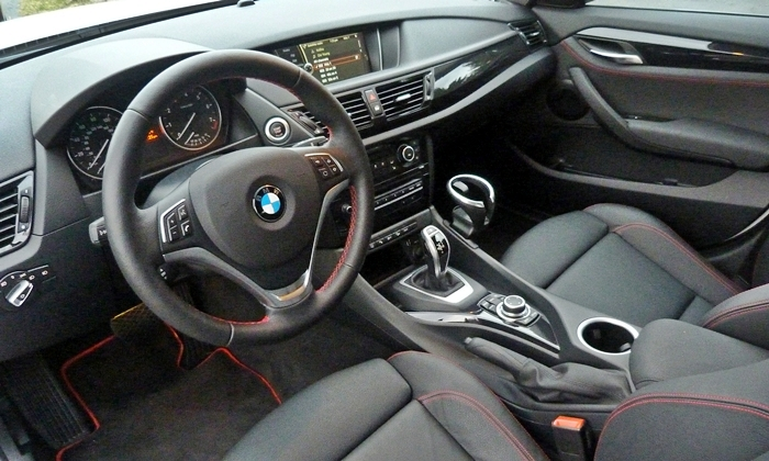 X1 Reviews: 2013 BMW X1 xDrive28i interior