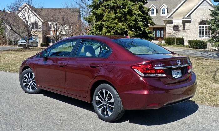 Civic Reviews: 2013 Honda Civic EX-L rear quarter