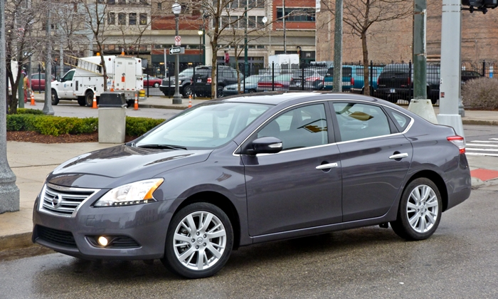 Sentra Reviews: 2013 Nissan Sentra SL front quarter view
