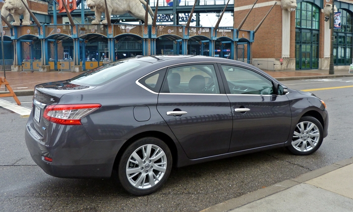 Sentra Reviews: 2013 Nissan Sentra SL rear quarter view