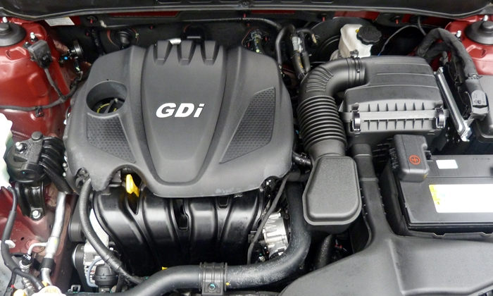 Sonata Reviews: 2013 Hyundai Sonata SE engine