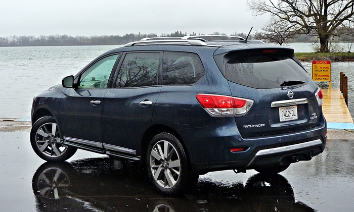Pathfinder Reviews: 2013 Nissan Pathfinder Platinum Rear Quarter Rain