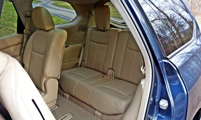 Nissan Pathfinder Photos: 2013 Nissan Pathfinder Platinum third row seat