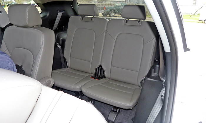 hyundai santa fe photos 2013 hyundai santa fe limited third row seat. Black Bedroom Furniture Sets. Home Design Ideas