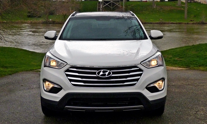 Santa Fe Reviews: 2013 Hyundai Santa Fe Limited front