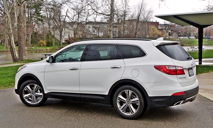 Captivating Santa Fe Reviews: 2013 Hyundai Santa Fe Limited Rear Quarter 1