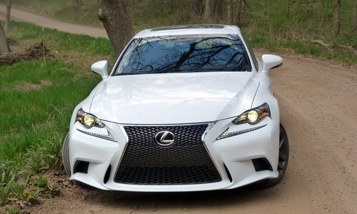 Lexus IS Photos: 2014 Lexus IS 350 F Sport front