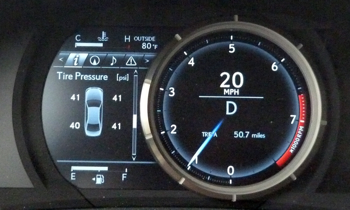 Lexus IS Photos: 2014 Lexus IS 250 F Sport instruments
