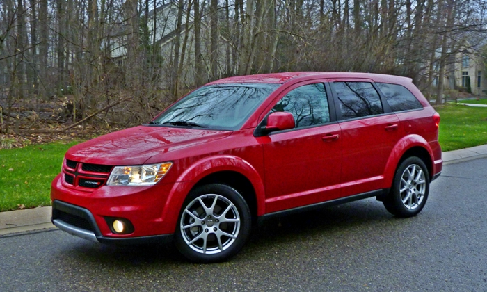 2013 Dodge Journey R/T front quarter
