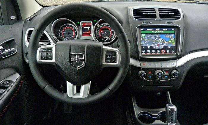 Dodge Journey Photos: 2013 Dodge Journey R/T instrument panel