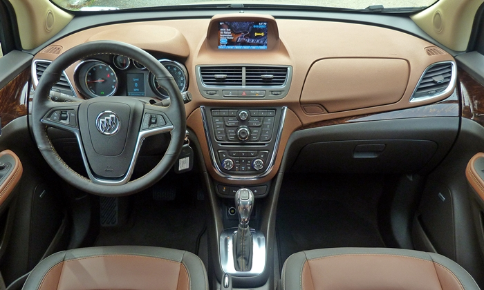 Buick Encore Photos: Buick Encore instrument panel full width