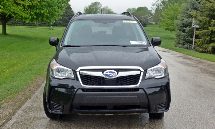 Subaru Forester Photos: 2014 Subaru Forester XT front view