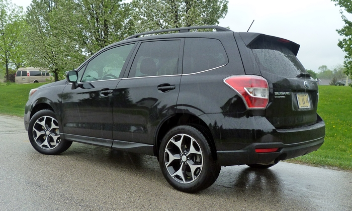 Subaru Forester Photos: 2014 Subaru Forester XT rear quarter view