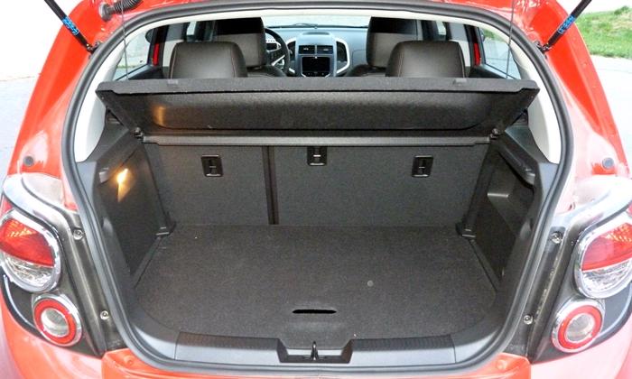 Chevrolet Sonic Photos: Chevrolet Sonic RS cargo area