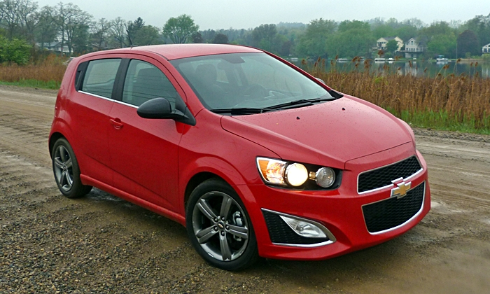 Chevrolet Sonic RS front quarter