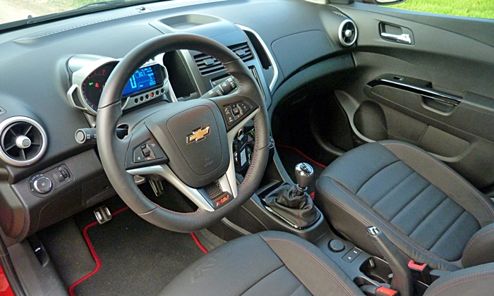 Sonic Reviews: Chevrolet Sonic RS interior