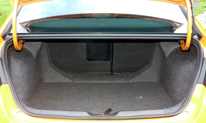 Dart Reviews: Dodge Dart trunk