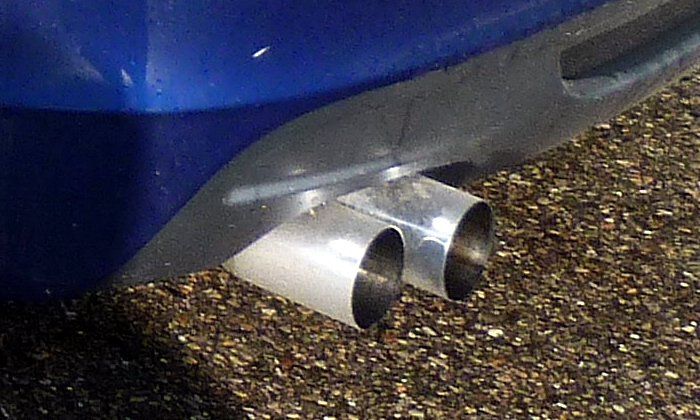 BMW 1-Series Photos: BMW 135is exhaust tips
