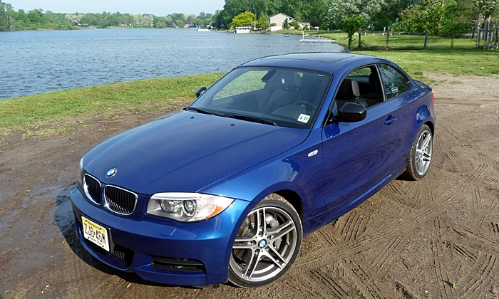 BMW 1-Series Photos: BMW 135is front quarter high