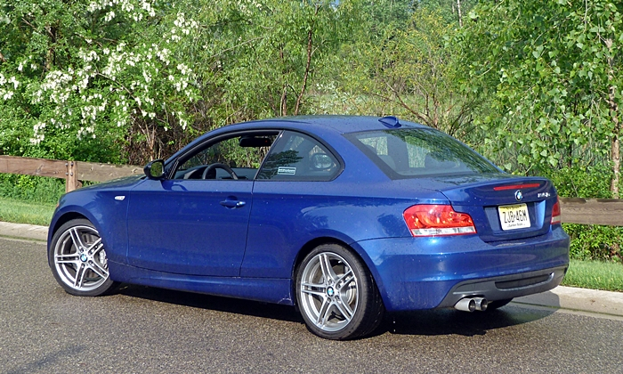BMW 1-Series Photos: BMW 135is rear quarter trees